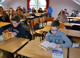 Remise de dictionnaires au collège Saint-Martin