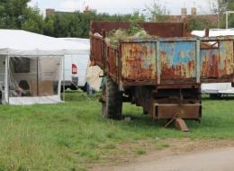 Gens du voyage : trente caravanes   et des agriculteurs « outrés »