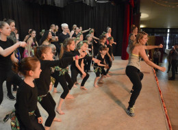 Dance Up Nieppe soutient l'association Cassandra ACCL