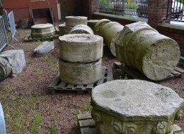 Les colonnes de l'ancienne église Saint-Martin