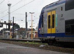 Une personne sous le train à Nieppe