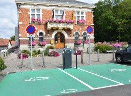 Borne recharge pour véhicules électriques