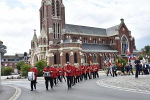 l'Orchestre d'Harmonie de Nieppe en défilé
