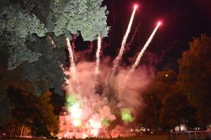 le feu d'artifice s'est déroulé dans le parc du Château